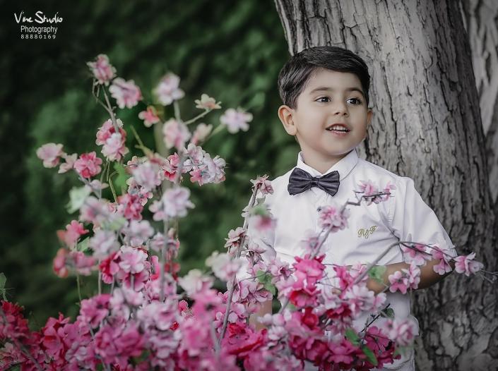 آتلیه کودک-نوزاد-بارداری-آتلیه واین-نورطبیعی-خلافیت عکاسی